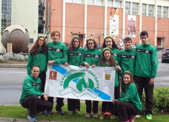 Grupo Infantil-junior en Ourense con su entrenador Pablo Diéguez